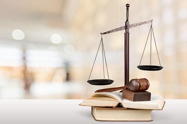 Le Crédit agricole du Languedoc assigné en justice par un courtier pour rupture brutale de contrat